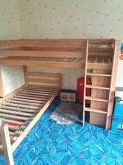 Kinder Etagenbett aus Massivholz