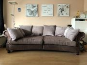 Big Sofa im Kolonialstil