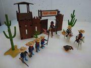 Verkaufe PLAYMOBIL Western Figuren und
