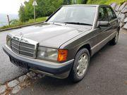 Mercedes 190E 2 3 136