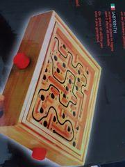 Labyrinth Spiel aus Holz
