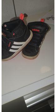 süße Adidas schuhe
