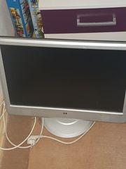 PC mit Monitor und Windows
