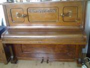 Klavier Farbe Mittelbraun