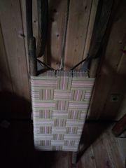 Antiker Schlitten Doppelsitzer neu bespannt