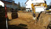 Erdbau Erdaushub Baggerarbeiten Baugrubenaushub
