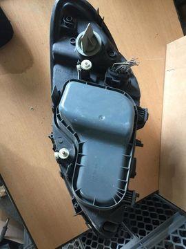 Mercedes-Teile - Mercedes Vito Frontscheinwerfer rechts 246704-00