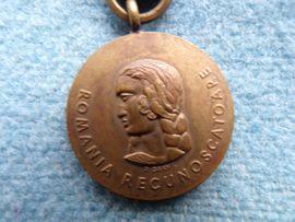 Sonstige Sammlungen - Orden Rumänische Medaille Kampf dem