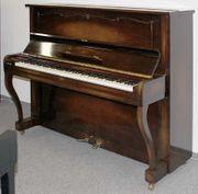 Klavier Steinway Sons V-125 Nussbaum