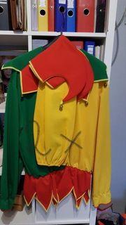 kostüme suchen neuen besitzer