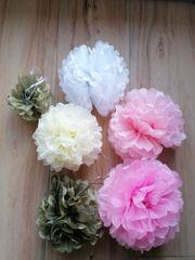 Papier Blumen Ball