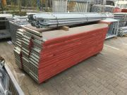 Holzboden Gerüst 120 qm 15x8m -