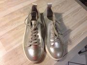 Pantone Universe Schuhe Silver
