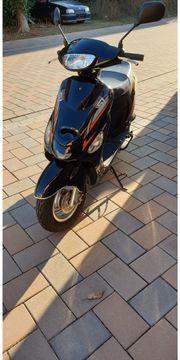 Motorroller Nova Motors 50ccm aus
