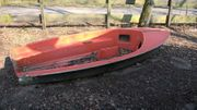 Angelboot Nachen stark reparaturbedürftig