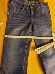 Jeanshosen 140-152 XS 32