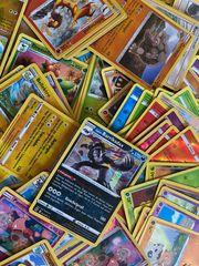 ca 240 Pokemon Holo Karten