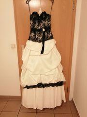 Brautkleid von Miss Paris