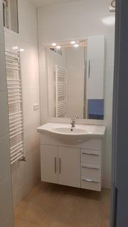Stilvolle modernisierte 2-Zimmer-Wohnung mit Einbauküche