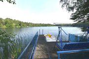 Wassergrundstück direkt am See mit