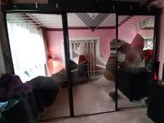 Kleiderschrank mit 3 Spiegeltüren