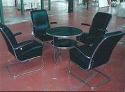 Mauser Tischgruppe - Schlaufentisch 4 Freischwinger