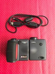 Digitalkamera Nikon Coolpix 990 die