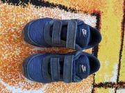 Kinder Turnschuhe Gr 27 Nike