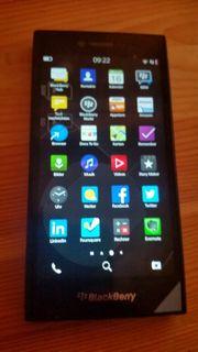 Blackberry Leap 10 NEU