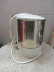 Wasserkocher Wasserkessel Bügeleisen Bügelbrett Kochtöpfe