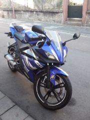 Yamaha YZF-R125 blau-weiß TÜV bis