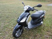 Moped Piaggio Fly