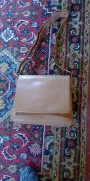 zu verkaufen eine schöne Handtasche