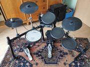 Roland TD-4 Elektroschlagzeug Drumset