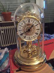 Tisch-Uhr zu verkaufen