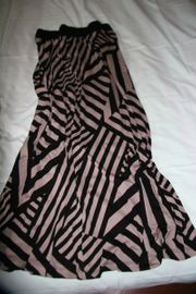 Modische Damenkleidung von Alba Moda