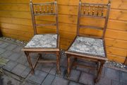 2 Antike Massivholz Stühle