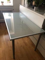 Schreibtisch 1 60m x 0
