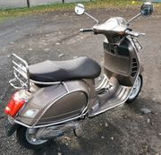 Vespa GTS 300ie touring
