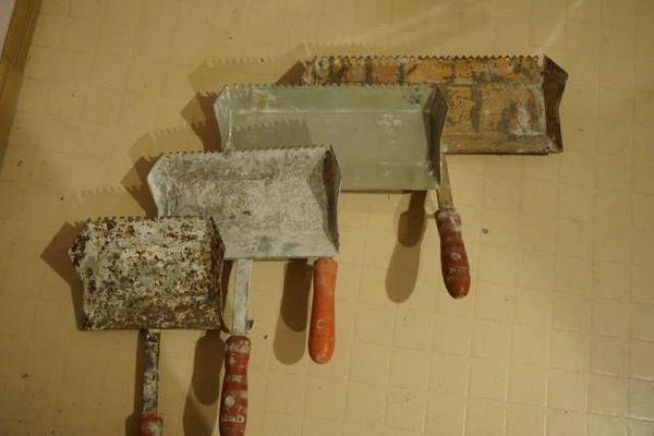 Für den Hausbau Klebe Kellen