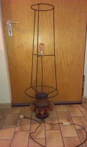 alte Wagenrad Nabe Bodenlampe