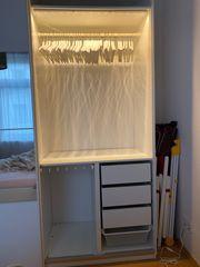 Schöner Ikea Pax Kleiderschrank mit