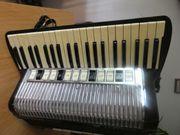 Akkordeon Hohner Organola 140 Bässe