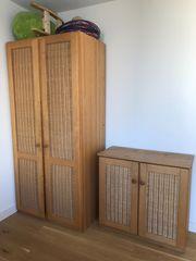 Schrankkombination aus Massivholz zu verkaufen