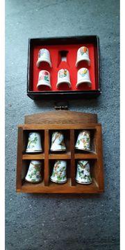 11 Fingerhüte aus Porzellan