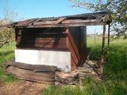 Gartenhaus reparaturbedürftig
