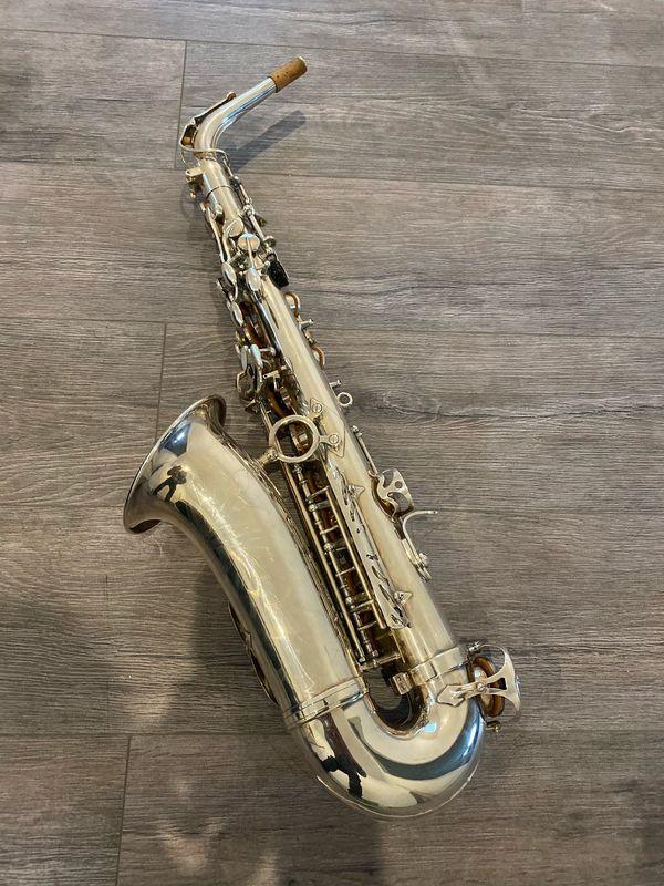 Alt Saxophon silber neuwertig