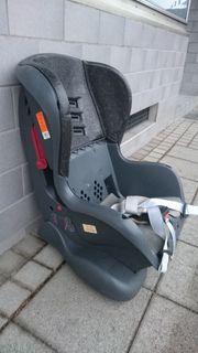 Kinder Autositz