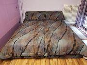 Doppelbett mit Bettkasten unbenutzt