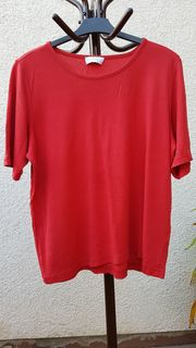 Neuwertiges Classic-Shirt in Rot von